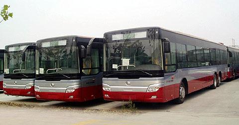 140台宇通环保公交进京 中国客车网 www.ch 高清图片