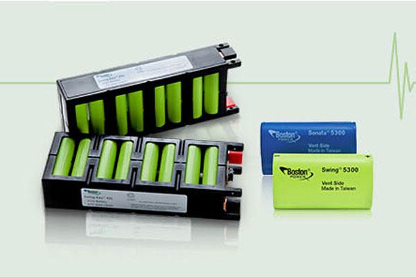 作为最先落地中国的全球电池技术领先者,波士顿电池运营总部设在北京。公司拥有行业经验丰富的管理团队,拥有波士顿电池美国研发中心,该中心由资深的锂电池科学家团队、BMS产品研发、试验专家和工程师团队组成,具备世界一流电池研发材料实验室和设备,从而保障了核心技术的领先优势。