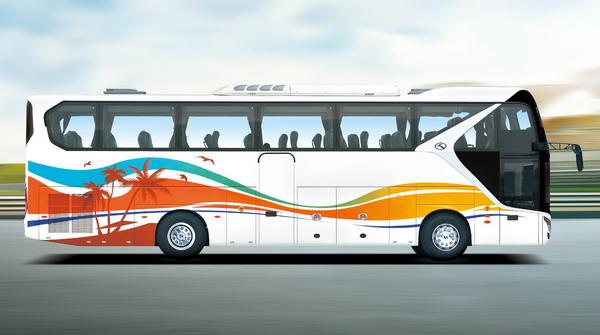 金龙客车XMQ6119FY公路客车侧方
