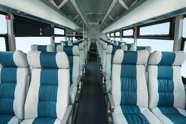 金龙客车XMQ6110BCBEV纯电动通勤车座舱