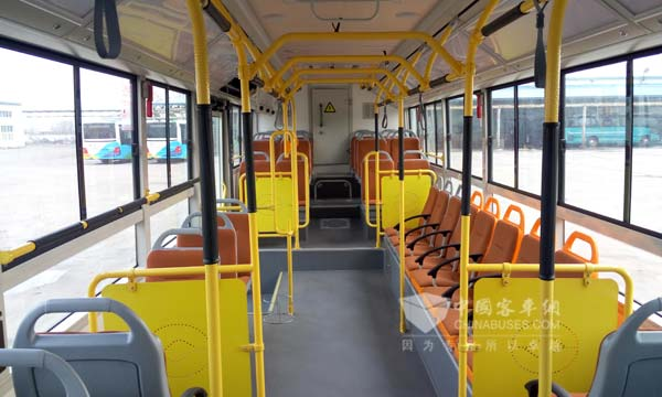 DD6129CHEV7N气电混合动力公交内饰