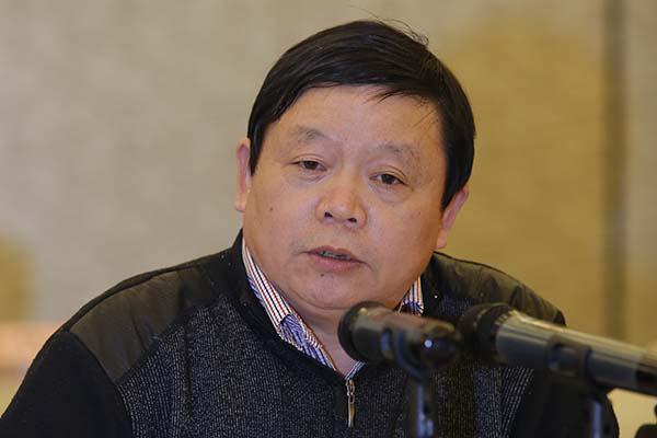 扬子江汽车总工程师雷洪钧博士