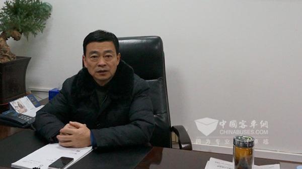 中韩合资安徽合肥锦湖运输有限公司副总经理丁勇