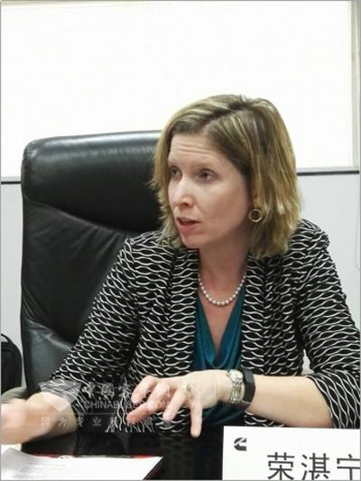 康明斯首席技术官荣湛宁(Jennifer Rumsey)接受记者采访