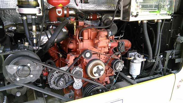0系统的h8突破了高效动力系统技术,并设计发明了五合一集成控制器,使