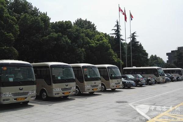 宇通T7高端公商务车正式交付杭州