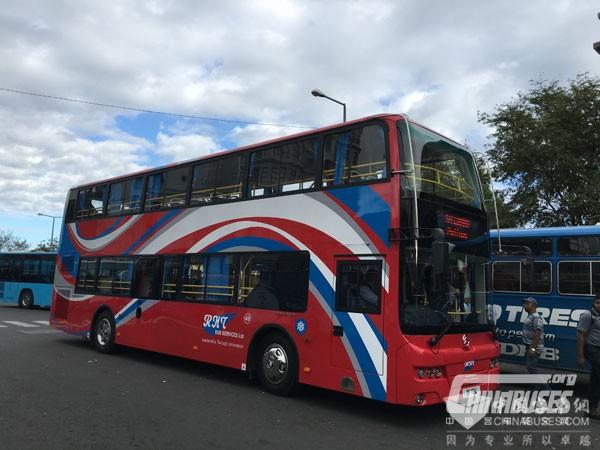 毛里求斯喜迎金旅双层公交车