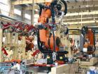九龙汽车机器人焊装生产线