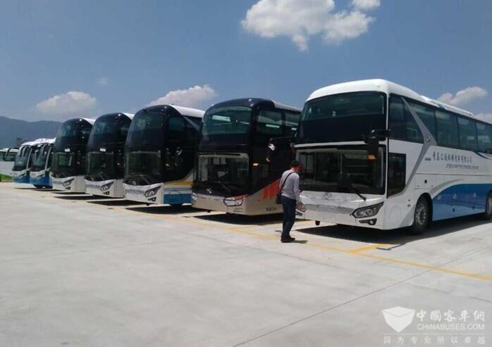 班车、旅游、商务用车或接机送机、会议用车