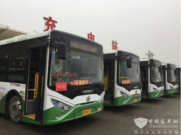 邯郸公交营运的银隆新能源客车