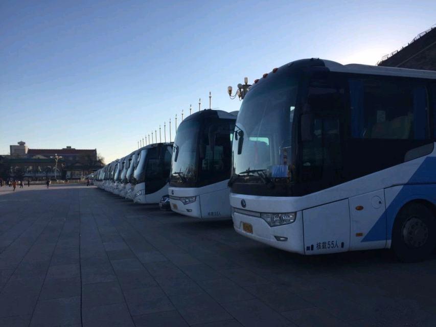北京石景山22-55座旅游客车出租、会议包车、婚庆租车