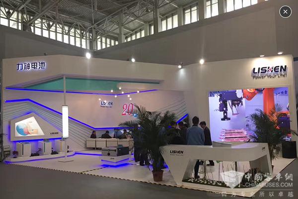 力神主场显优势,2017天津客车展上大放异彩
