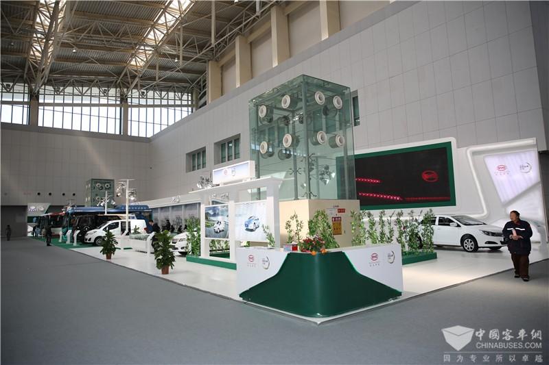 2017天津客车展:比亚迪汽车展台