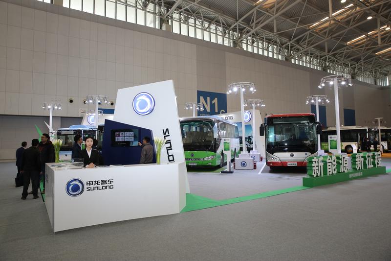 2017天津客车展:申龙客车展台