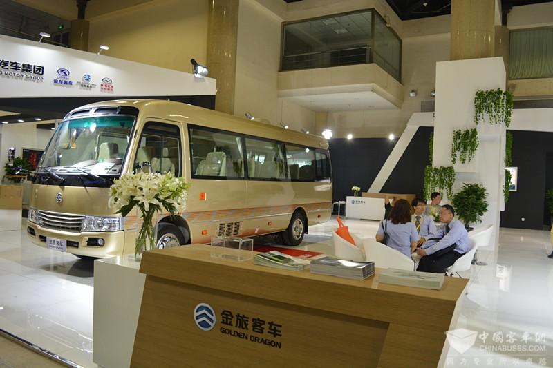 2017北京道路运输展:金旅客车展台