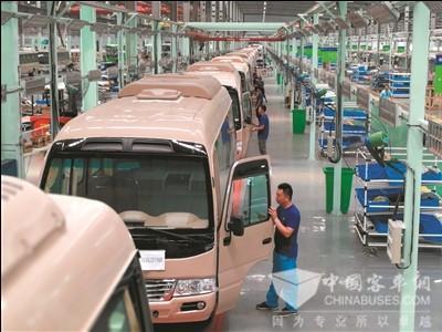 江苏陆地方舟投入1亿元,形成年产1万辆的能力