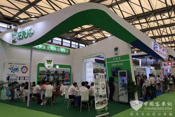 中国最大充电设备展上海举行 核心技术发展成果受关注
