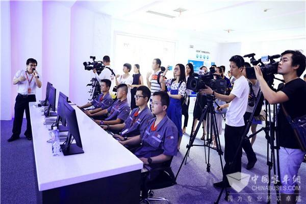 中车电动十周年-参观工厂