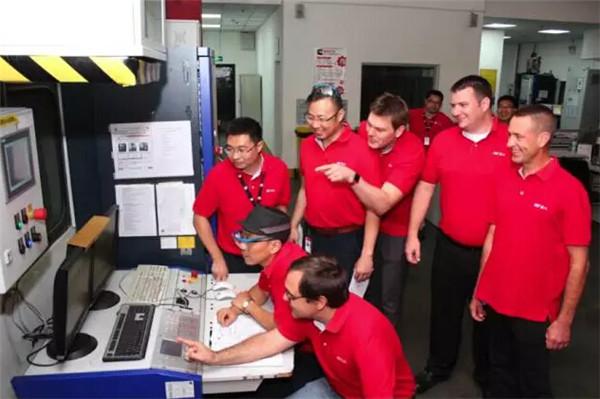 东风康明斯新一代ISZ国六发动机成功点火,实力领军发动机行业