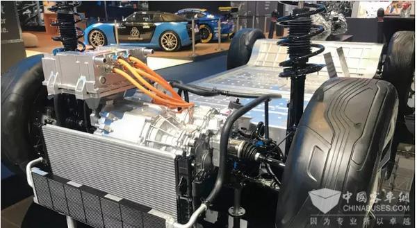 激战海外市场 精进电动亮相2017法兰克福国际车展