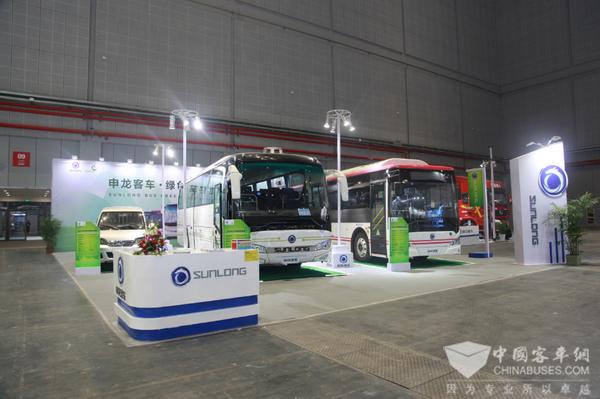 公交、客运、物流三箭齐发 中国工博会申龙客车看点
