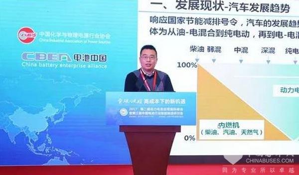 李飞强:成本和寿命是燃料电池汽车发展的关键挑战