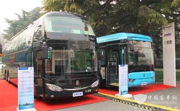 亚星客车将传承60余年的客车设计理念与潍柴黄金动力产业链总成有机