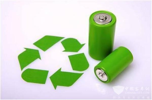 """新能源汽车热销,电池""""退役""""后咋办—代表委员追问电池回收"""