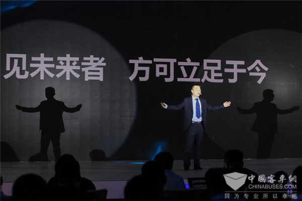 丁鼎:宇通已累计推广节能与新能源客车近9万辆