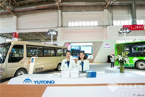宇通10.5米氢燃料电池客车全球首发