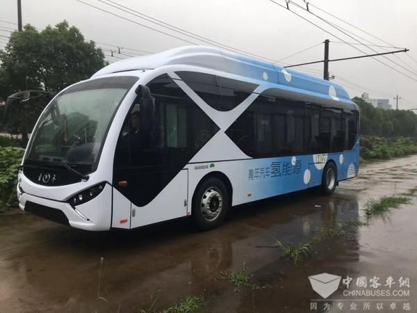 青年氢能源城市客车顺利交付江苏如皋