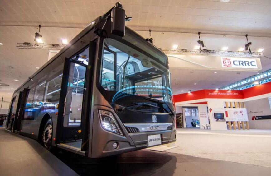 """搭载""""超能电机""""  中国中车智能化客车""""新巴客""""在汉诺威发布"""