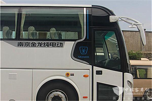 南京金龙NJL6117BEV客车(纯电动24-53座)