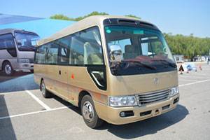 金旅XML6700J25客车(柴油国五24-26座)