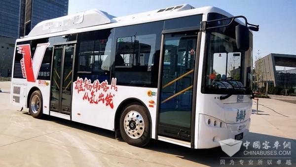 """代表""""中国智造"""",开沃F85氢燃料客车亮相2018世界智能制造大会"""