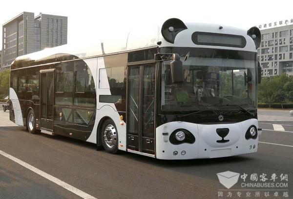 """当公交车遇上人工智能 聊聊""""熊猫车""""诞生的幕后故事"""