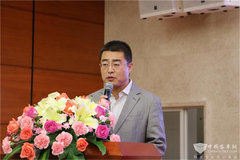 潍柴动力客车动力销售公司副总经理翟正坤