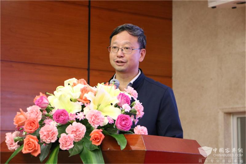 新国线集团(湖南)运输有限公司总经理刘曙光