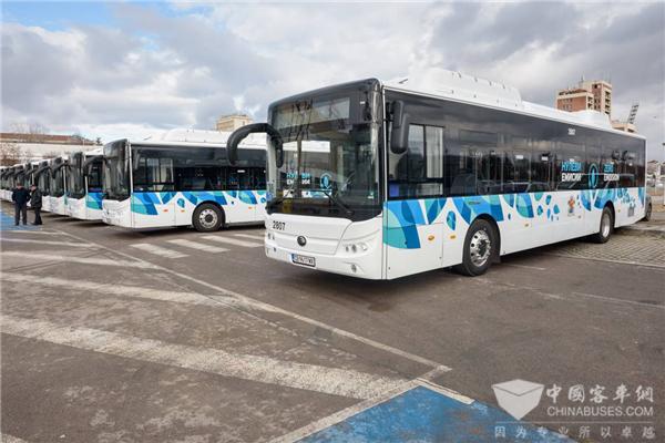 迎接绿色交通发展新时代 宇通首批纯电动客车在保加利亚启动