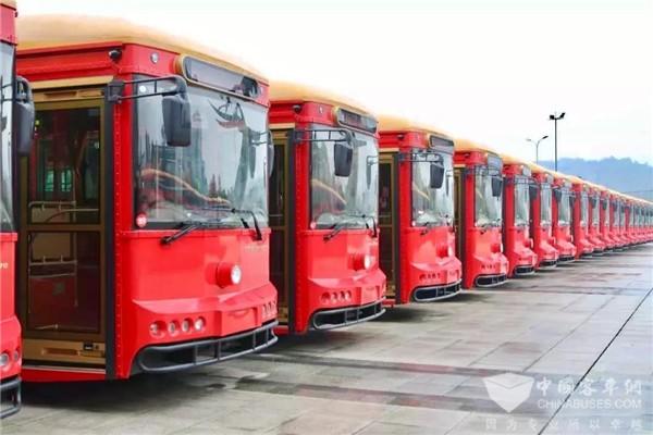 """百台银隆""""红铛铛""""投运 安吉实现公交100%电动化"""