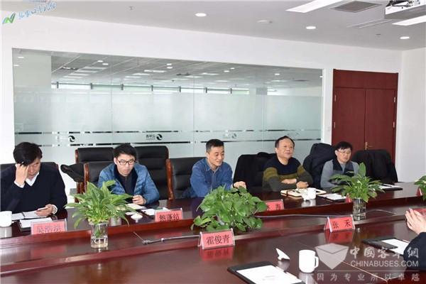 上海市科委赴亿华通调研 考察张家口燃料电池车辆运营近况