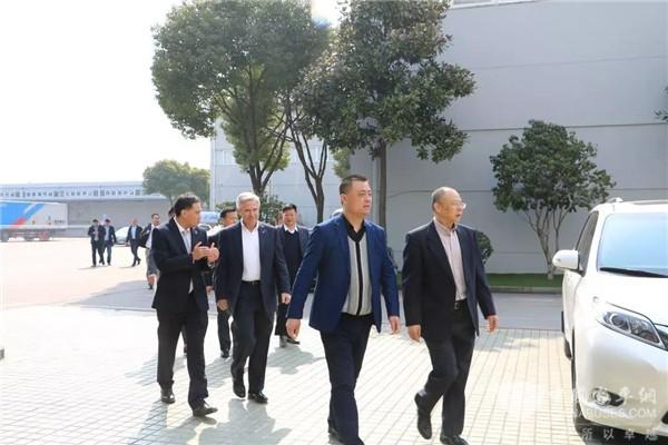 打通协作价值链,康明斯与希杰荣庆签署战略合作协议