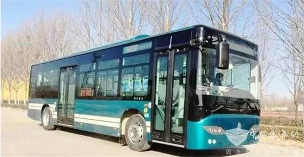 比亚迪匈牙利工厂生产的纯电动客车投入使用