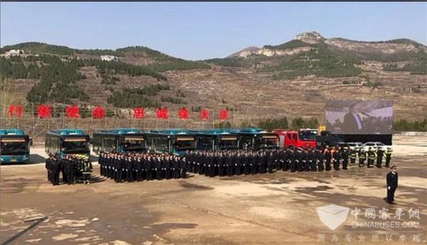 济南公交车安全应急演练 北京世纪星为客运安全保驾护航