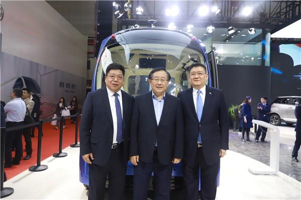 """""""你好,深蓝!"""" 苏州金龙L4级无人驾驶巴士上海车展全球首发"""