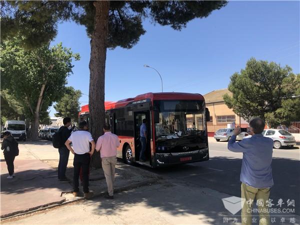 金龙纯电动客车首次登陆西班牙