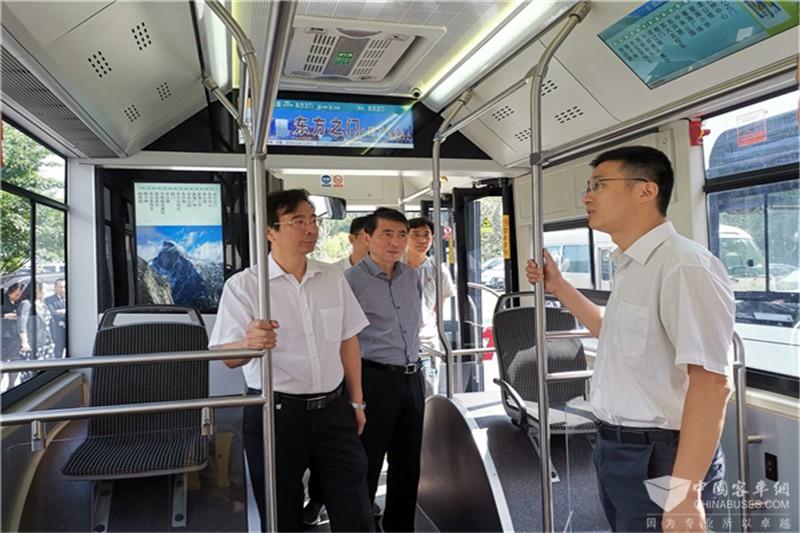 苏州金龙批量氢燃料客车开通运营