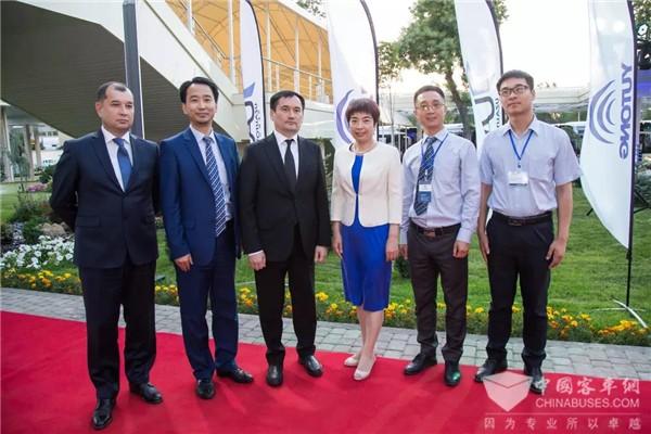 乌兹别克斯坦史上最大客运采购订单花落宇通