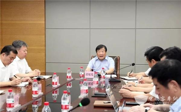 谭旭光:客车业务要加快新一代产品的开发速度,寻求新科技的重大突破