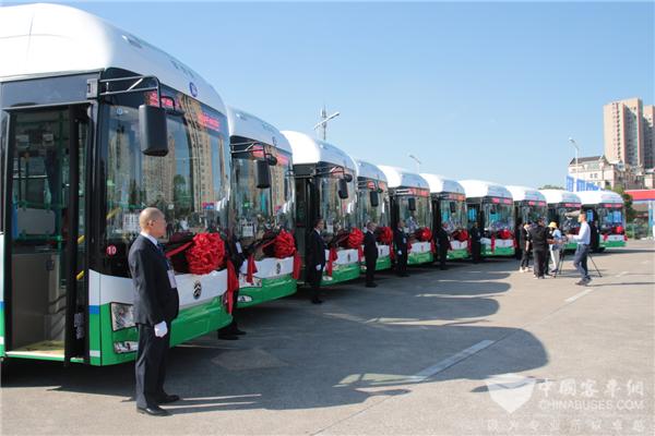 """构建氢能""""嘉善模式"""" 浙江省首条氢燃料电池公交线路""""金旅造"""""""